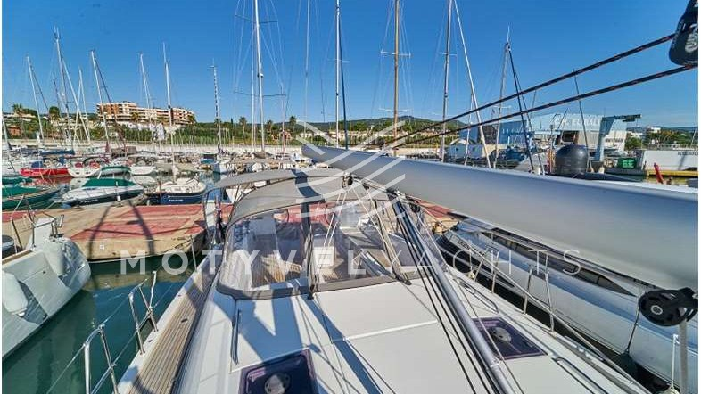 Jeanneau Yacht 54 ext