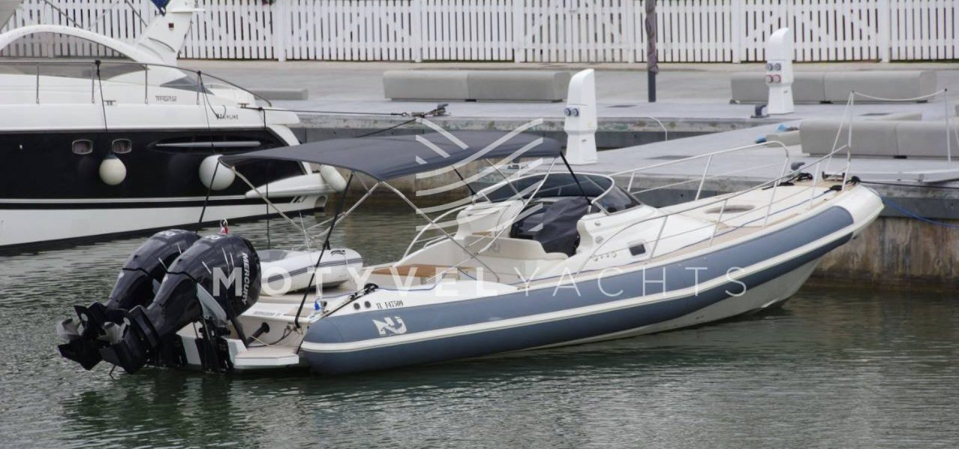 NUOVA JOLLY PRINCE 35 SPORT CABIN EXTERIOR WEB (2)